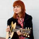 Hayley playing guitar avatar